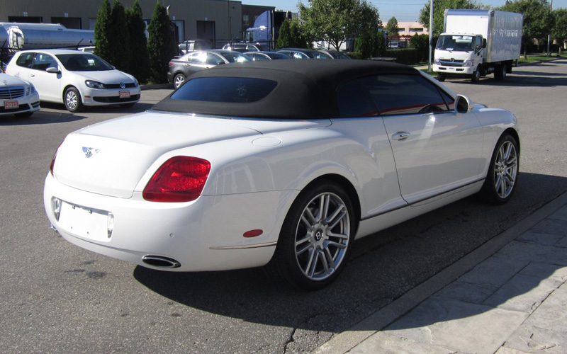 Convertible car rentals near Toronto - Yonge On this page, you will find the prices for Convertible car rental in Toronto - Yonge, Ontario, Canada from the best rental companies. Our service allows you to compare the prices for different cars and choose the best option of Convertible rental car for you.