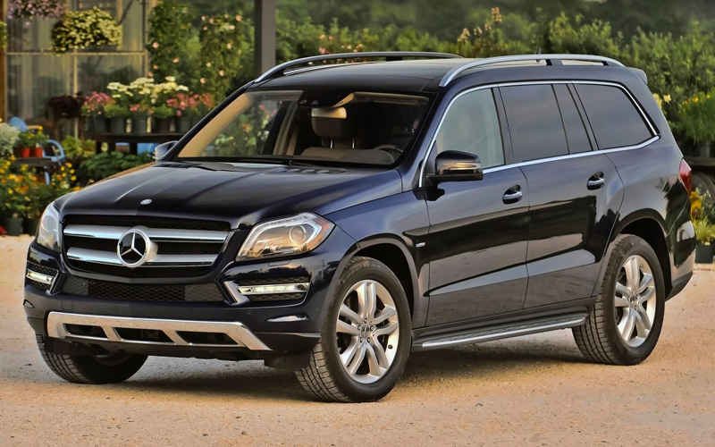 Mercedes-Benz-GL450-1